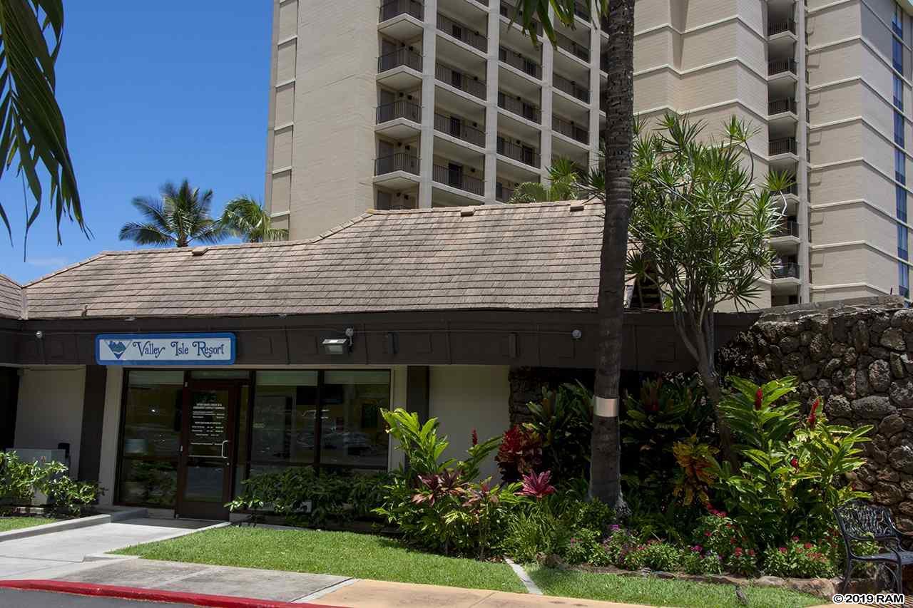 Valley Isle Resort condo # 1109, Lahaina, Hawaii - photo 23 of 30