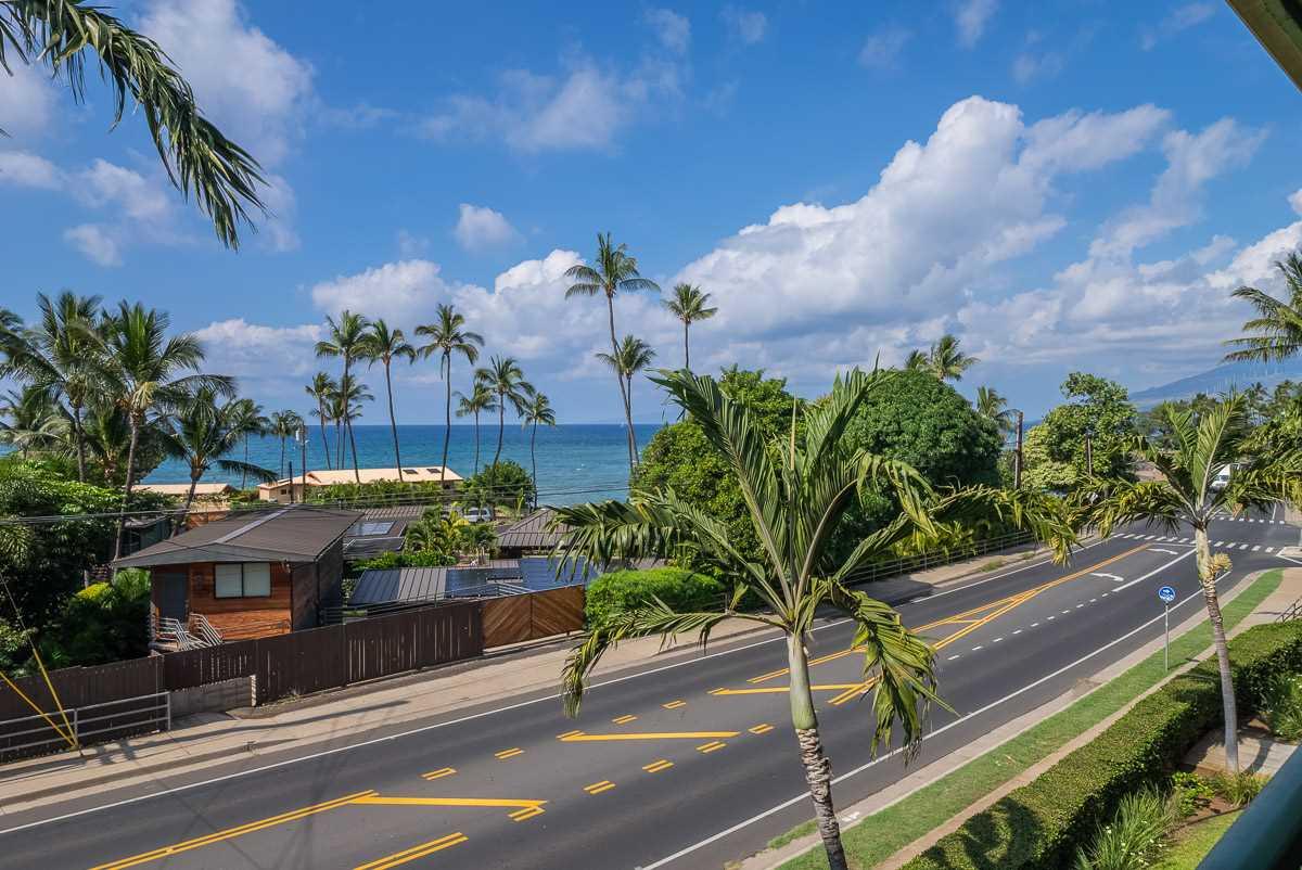 Hale Kanani condo # 1-302, Kihei, Hawaii - photo 23 of 30