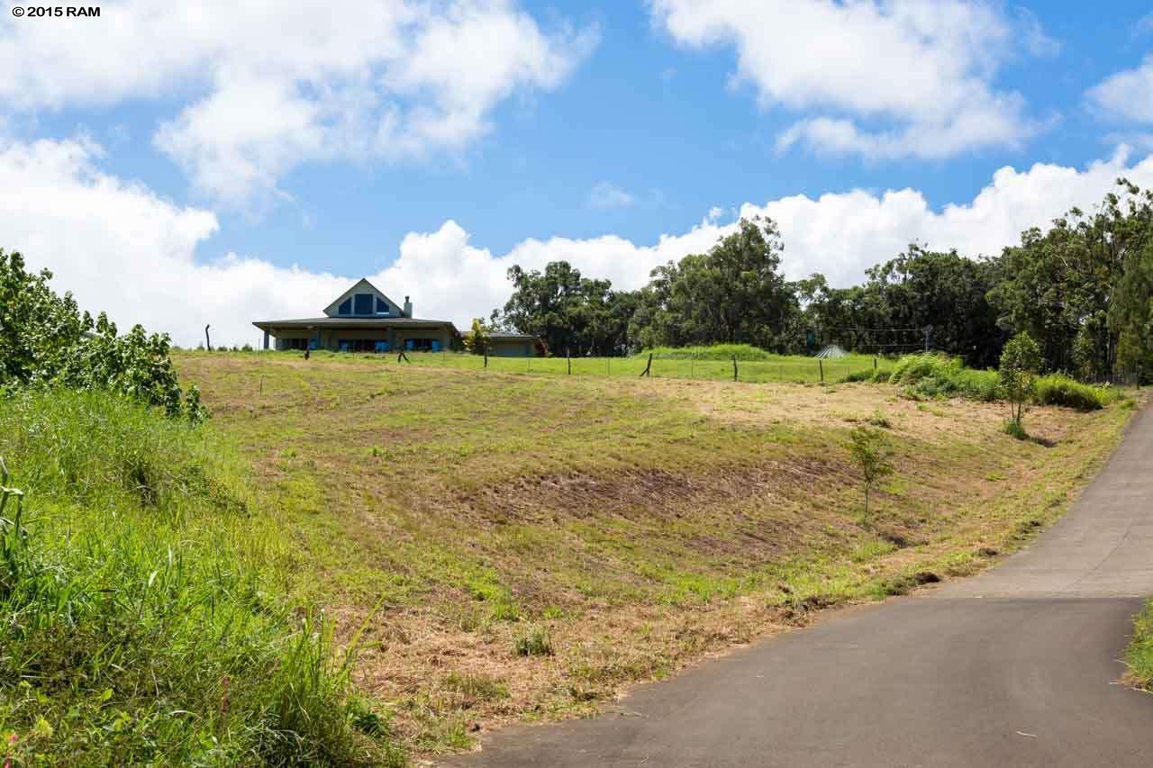 450 Hoomalolo Pl , Hi 96708 vacant land - photo 1 of 11