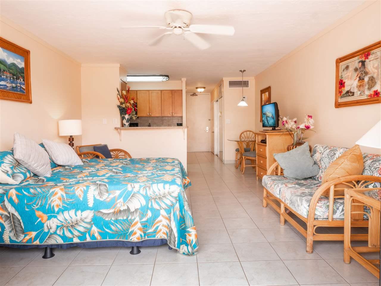 Lahaina Shores condo # 218, Lahaina, Hawaii - photo 12 of 21