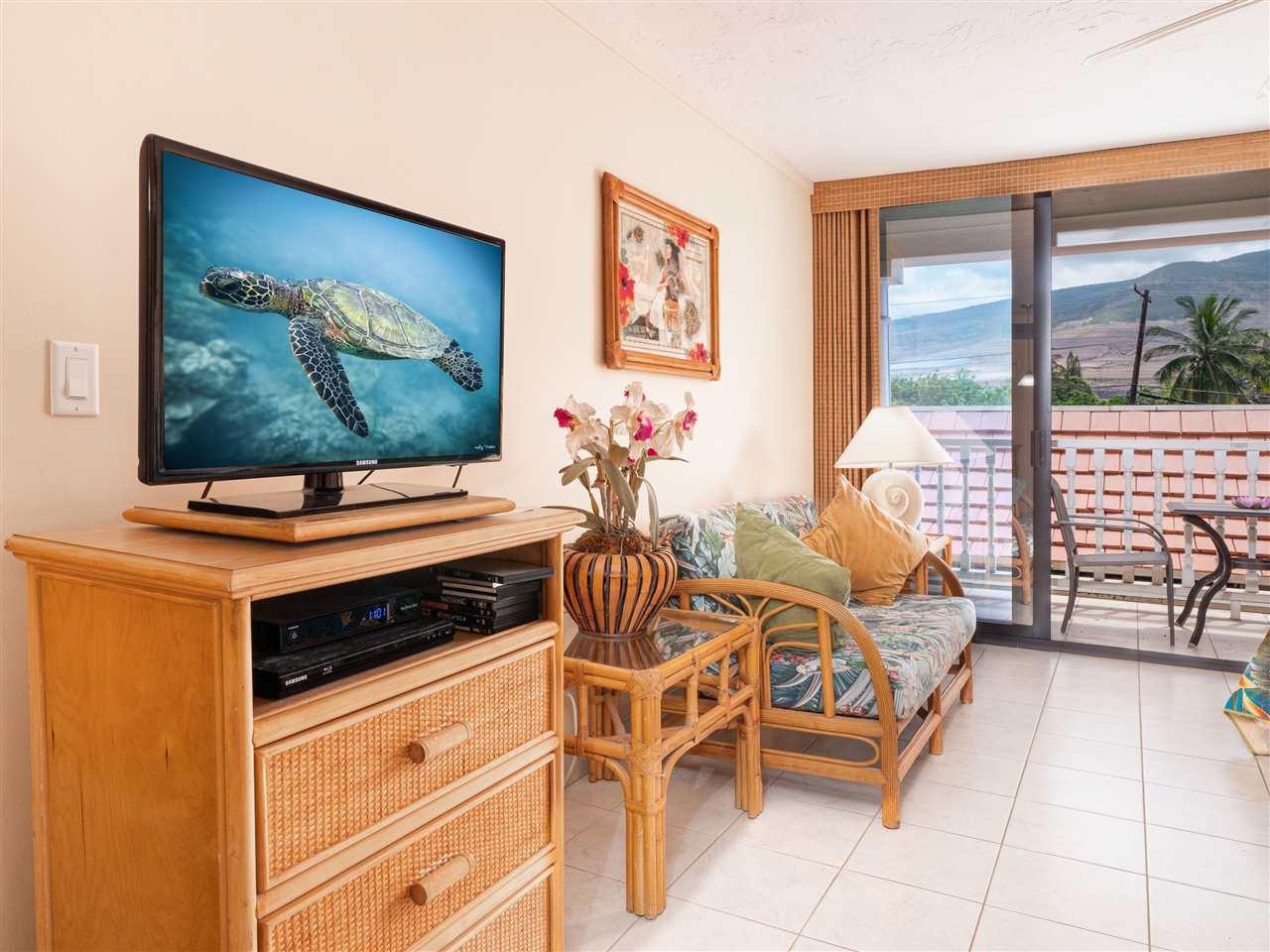 Lahaina Shores condo # 218, Lahaina, Hawaii - photo 4 of 21