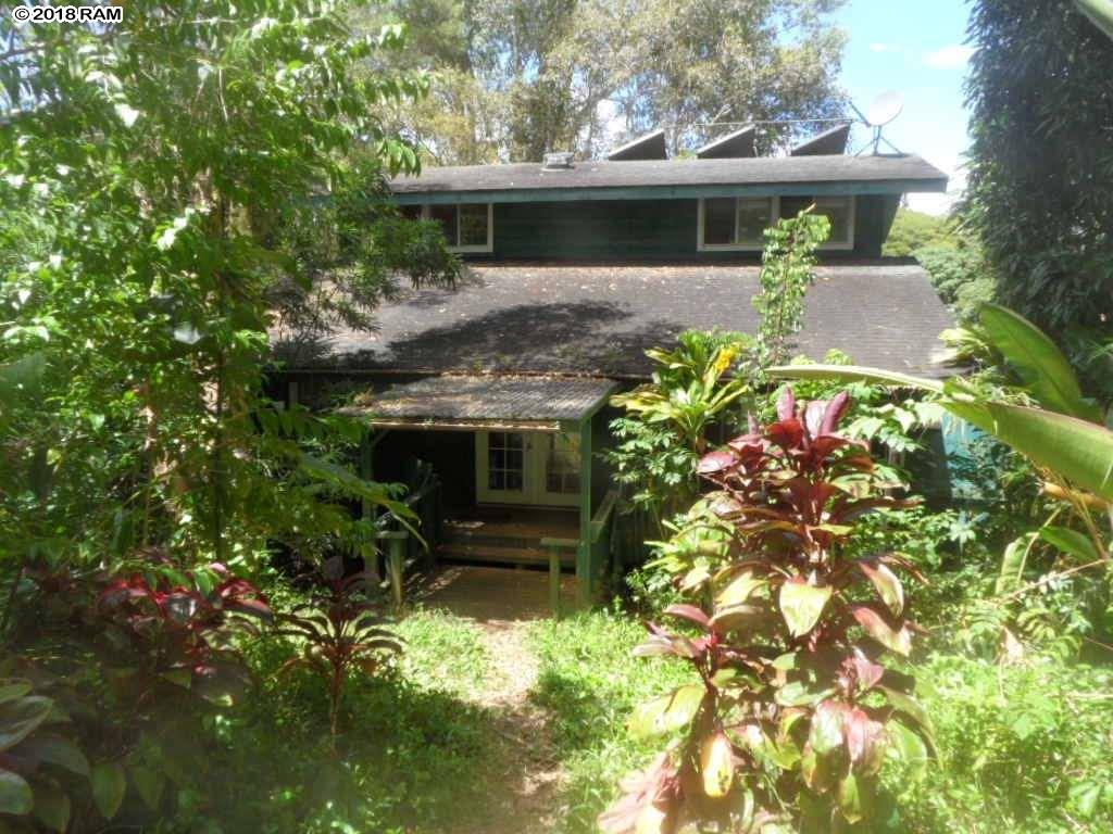 475 B  Kulike Rd Peahi, Haiku home - photo 1 of 17