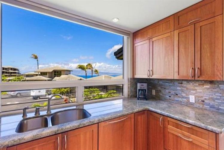 Kapalua Bay Villas I condo # 25B1-2, Lahaina, Hawaii - photo 11 of 29