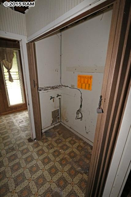 551  Liholiho St , Wailuku home - photo 14 of 25