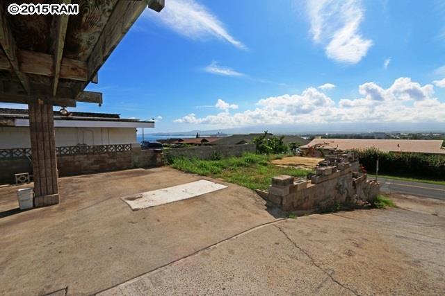 551  Liholiho St , Wailuku home - photo 23 of 25