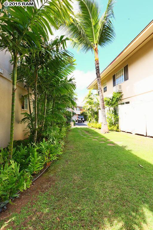 Villas at Kenolio II condo # 6-G, Kihei, Hawaii - photo 24 of 30