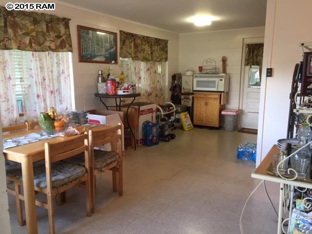 68  Kaiemi St , Kahului home - photo 3 of 8