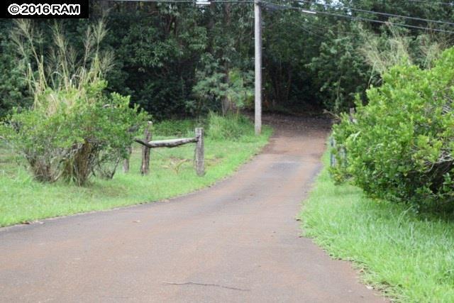685  Upper Ulumalu Rd , Haiku home - photo 27 of 30
