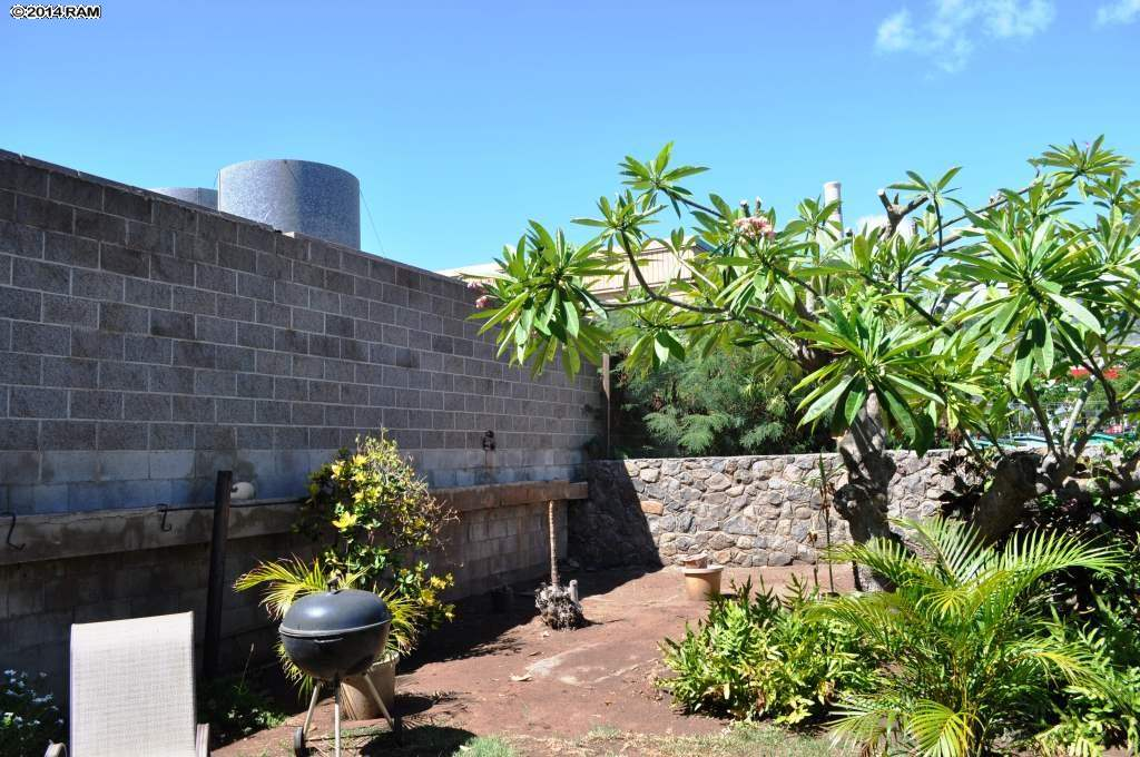 818  Wainee St Downtown Lahaina, Lahaina home - photo 8 of 12