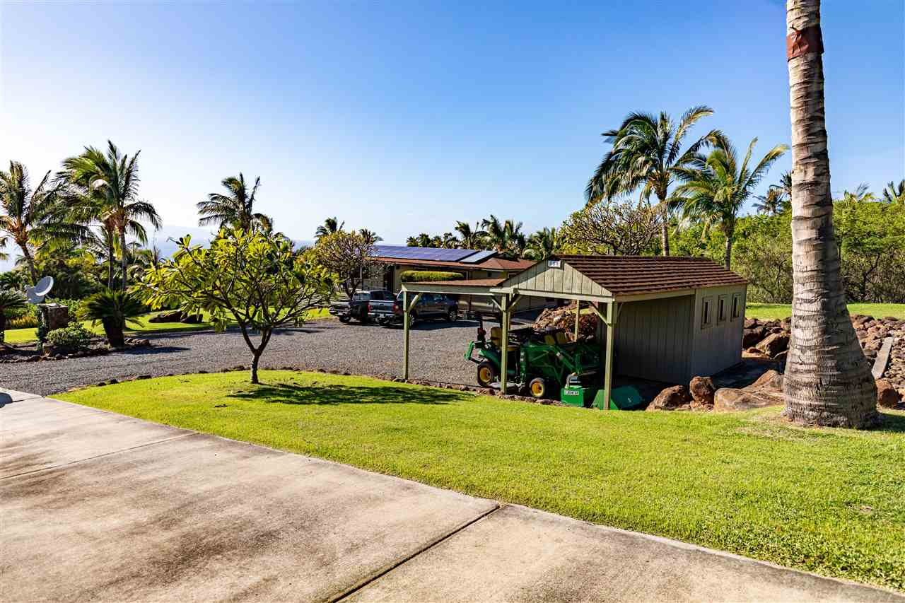 859  Kai Hele Ku St Launiupoko, Lahaina home - photo 22 of 27