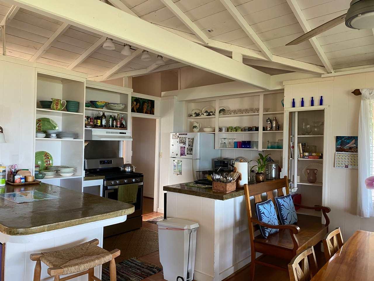 8714  Kamehameha V Hwy Puko'o, Molokai home - photo 6 of 20