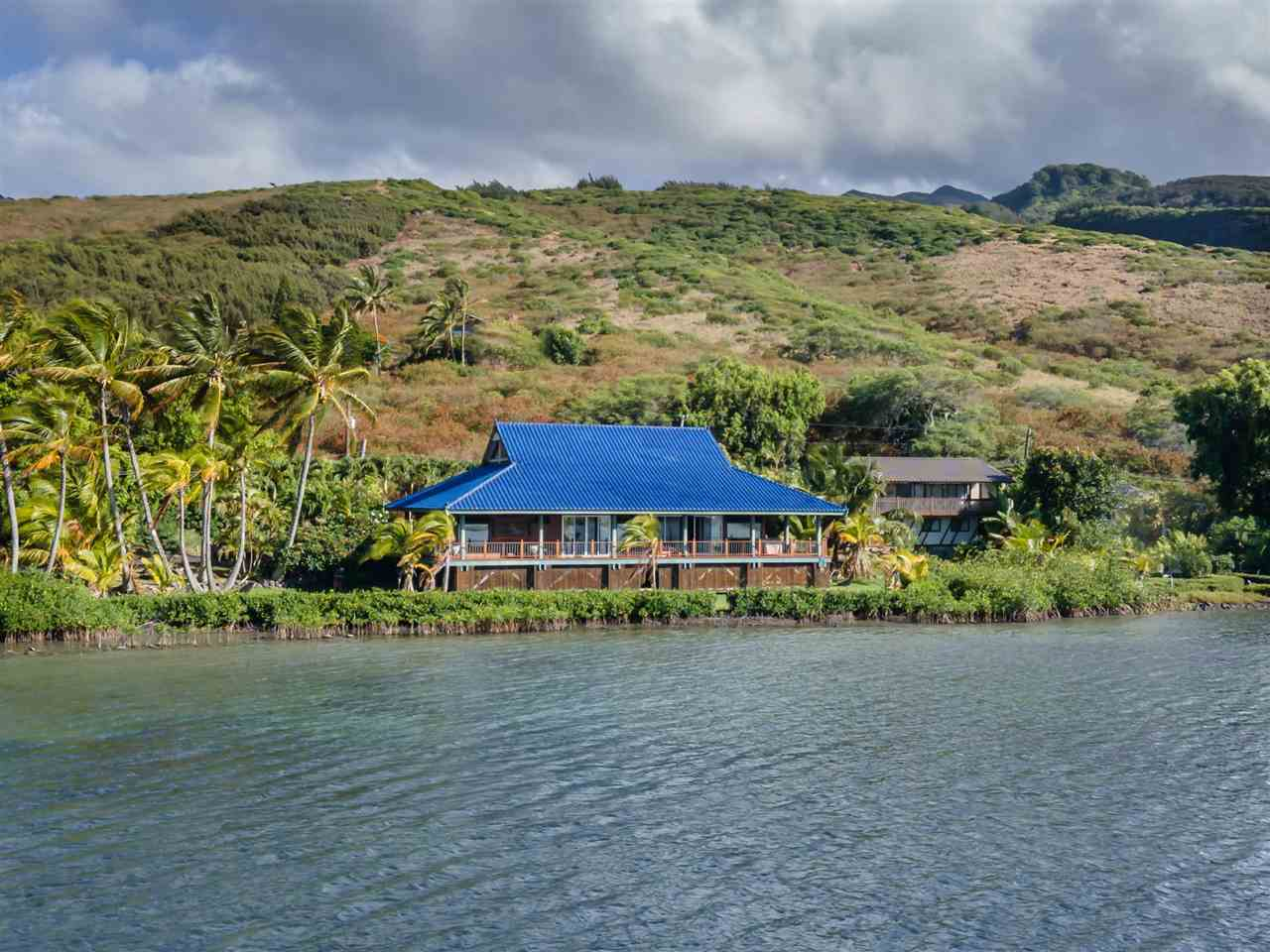 8900  Kamehameha V Hwy Pukoo, Molokai home - photo 5 of 30