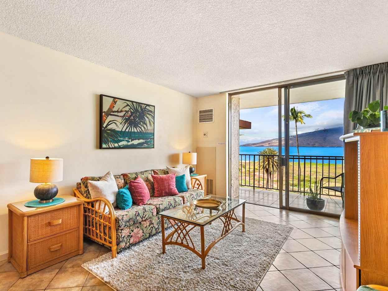 Kauhale Makai condo # 608, Kihei, Hawaii - photo 4 of 30