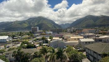 Maui Realty Suites condo # 607, Wailuku, Hawaii - photo 1 of 26