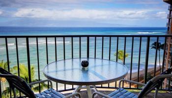 Valley Isle Resort condo # 1004, Lahaina, Hawaii - photo 1 of 25