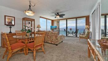 Valley Isle Resort condo # 1010, Lahaina, Hawaii - photo 5 of 24