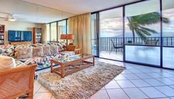 Valley Isle Resort condo # 309, Lahaina, Hawaii - photo 4 of 28
