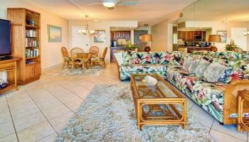Valley Isle Resort condo # 309, Lahaina, Hawaii - photo 5 of 28