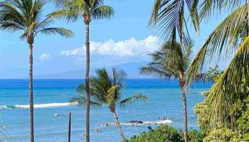 Hale Kanani condo # 3-303, Kihei, Hawaii - photo 1 of 17