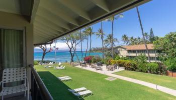 Napili Surf condo # 210, Lahaina, Hawaii - photo 1 of 17