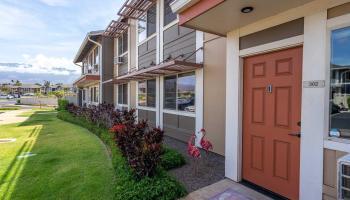 Flats at Kamalani condo # 302, Kihei, Hawaii - photo 1 of 25