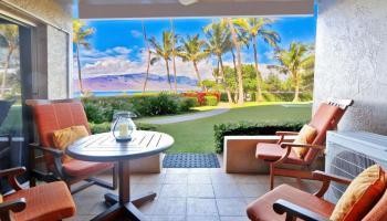 Menehune Shores condo # 524, Kihei, Hawaii - photo 1 of 26