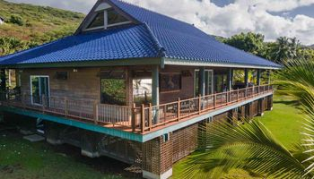 8900  Kamehameha V Hwy Pukoo, Molokai home - photo 3 of 30